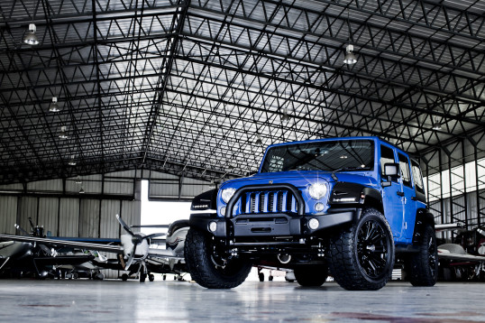 Deranged Jeep Blue 01