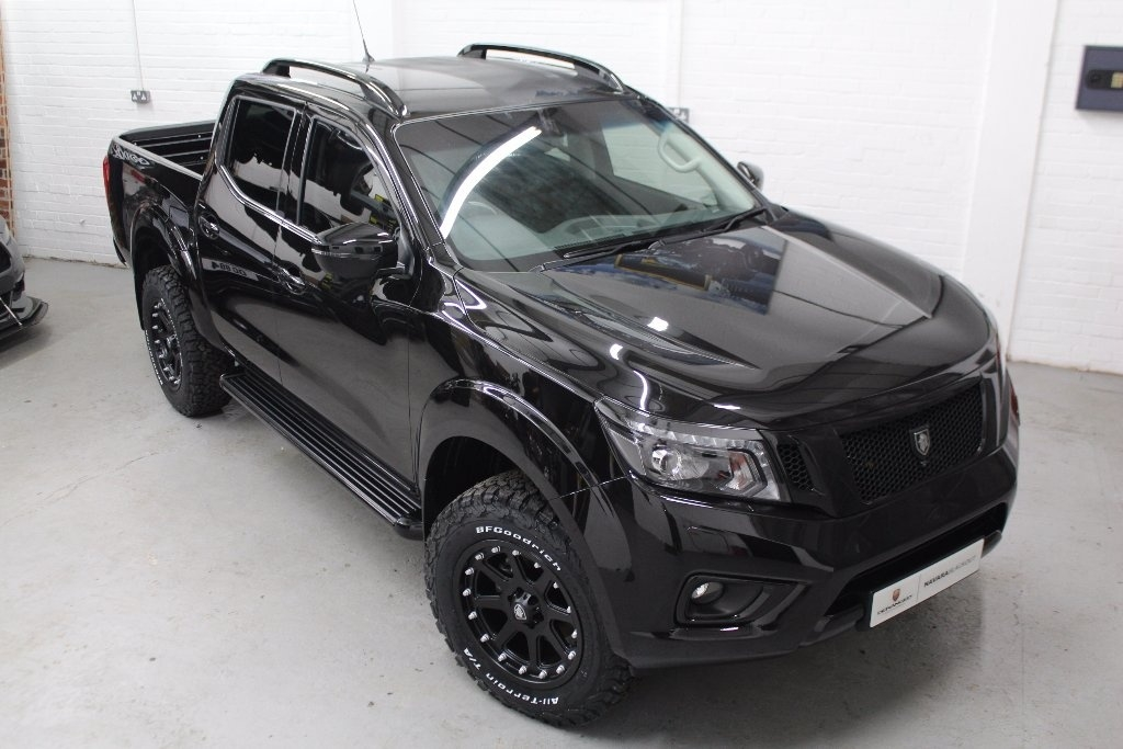 2018 18 nissan navara 2 3 dci tekna double cab pickup 4wd. Black Bedroom Furniture Sets. Home Design Ideas