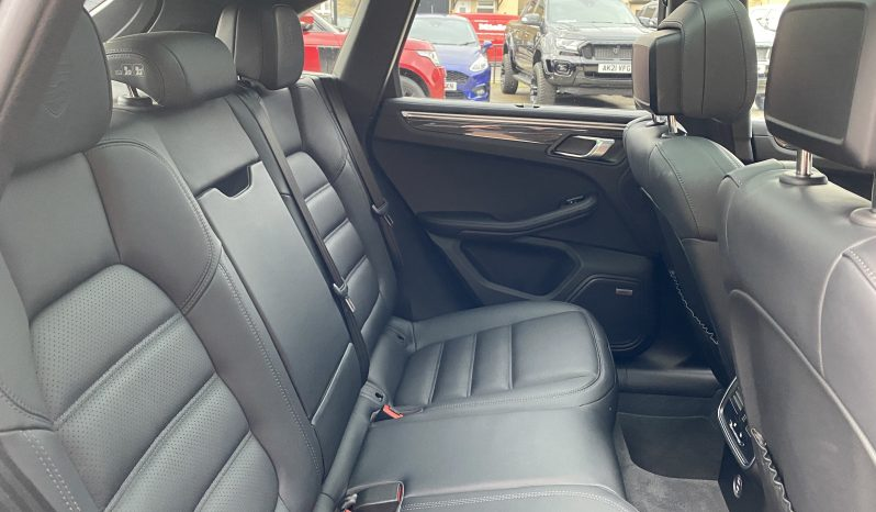 2019(69) Porsche Macan 2.9T V6 Turbo PDK 4WD (s/s) 5dr full